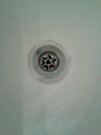 lo scarico rotto della vasca da bagno - picture of travelodge ... - Scarico Vasca Da Bagno