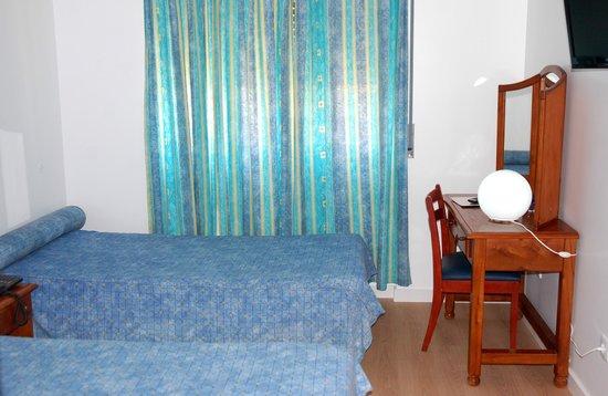 Hotel Castelao: Quarto
