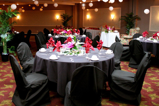 Rogue Regency Inn: Banquet Room