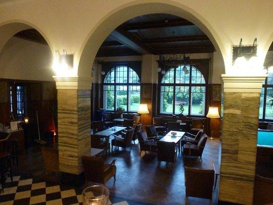 Funny Farm Hotel: The main hall and bar
