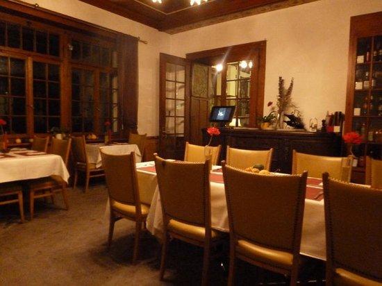 Funny Farm Hotel: The restaurant