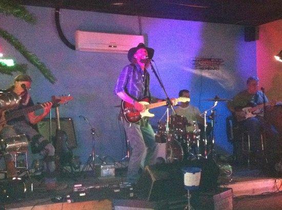 Tiki Bar: Live Band