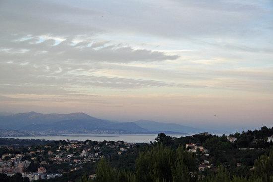 Villa Le Port d'Attache : The view from the villa
