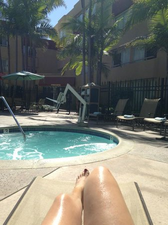 Ventura Beach Marriott: Poolside