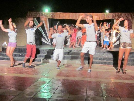 Skanes Serail: Noch mehr Tanz ^^