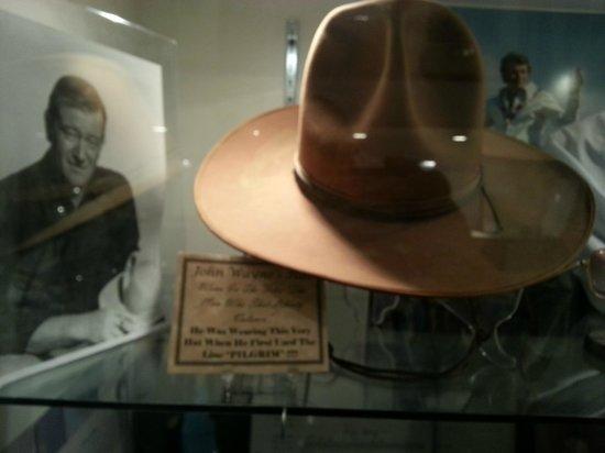 Gettysburg Museum of History: John Wayne's hat