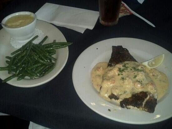 Rusty's Riverfront Grill: blackened red fish, beans, and cheese grits