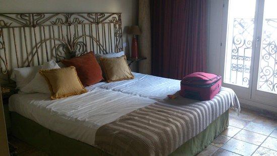 """Hotel Abaco Altea: La habitación superior """"César"""""""