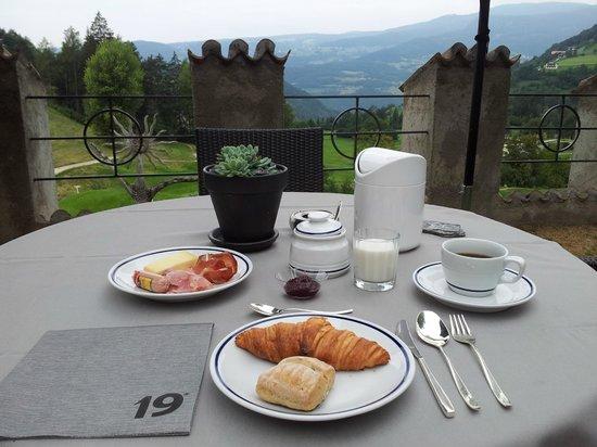 Golf Hotel Sonne: una colazione alle 8.00...