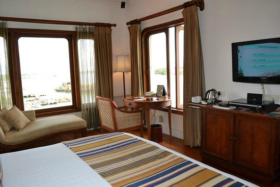 Vivanta by Taj - Malabar: Room with sea view on both sides