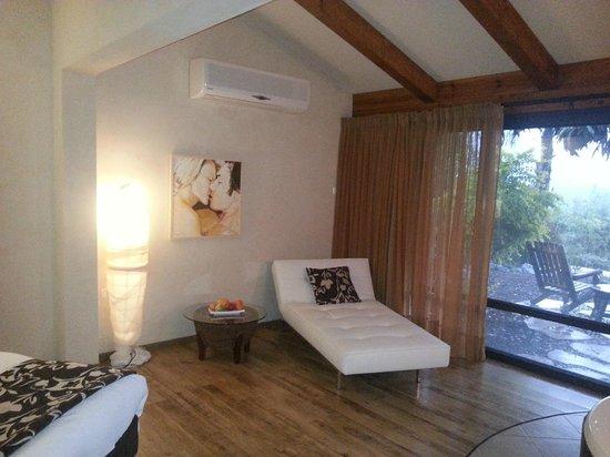 Cnaan Village Boutique Hotel & Spa: Sitting Area