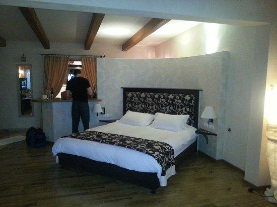 Cnaan Village Boutique Hotel & Spa: Bed