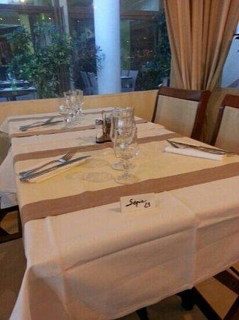 Sepia : une table du sépia le 28 / 08 / 13