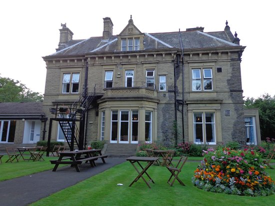 Durker Roods Hotel: rear of the house