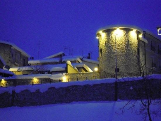 B & B Torre dei Sogni: la torre in inverno