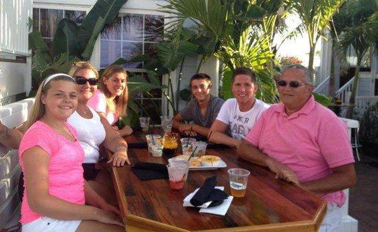 Sunset Grille: Family dinner
