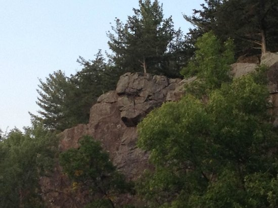 Taylors Falls Scenic Boat Tours: Old Man of the Dells