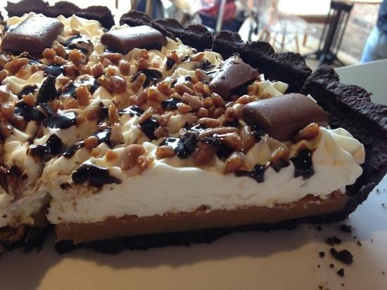 The Lamp Room: Toffee Crunch Mud Pie