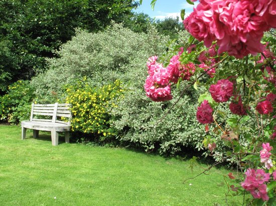 Rosewell, UK: Garden of Orchard House