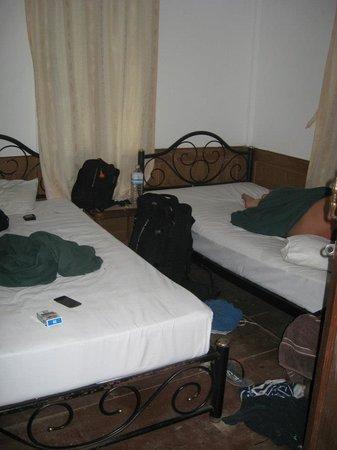 Tropical Garden Bungalows: Average twin bedroom