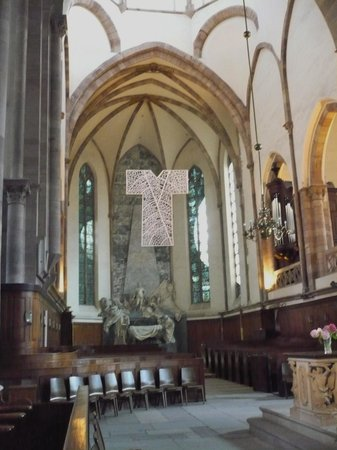 Église Saint-Thomas : Beautiful church