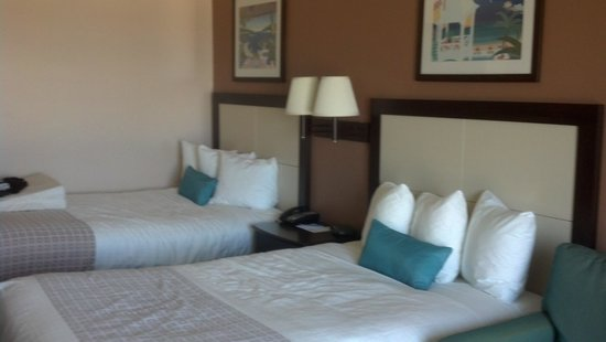 Park Place Hotel: 2 double beds