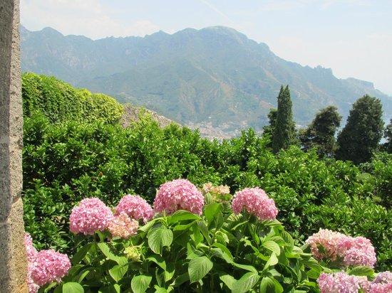 View Picture Of Villa Cimbrone Gardens Ravello