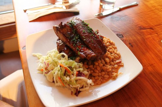 Gunbarrel Tavern & Eatery