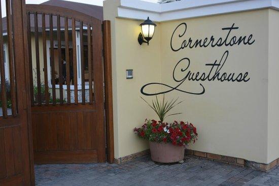 Cornerstone Guesthouse: Entrée de la maison d'hôtes