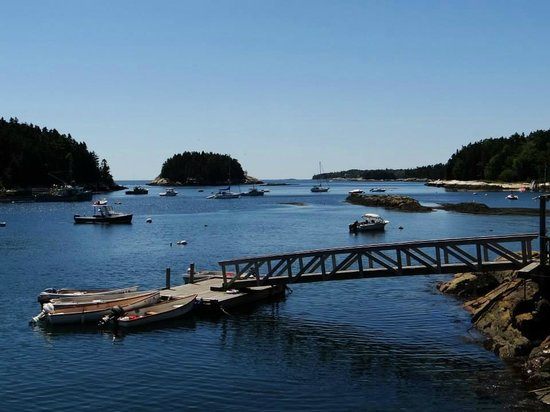 Five Islands Lobster Co: The view from our table