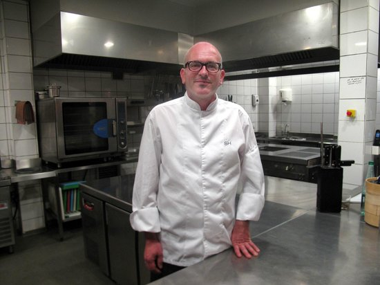 Chateau les Merles : Chef Bas Holten