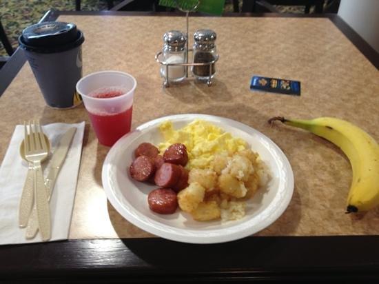 Holiday Inn Express Sharon/Hermitage: yummy breakfast :)