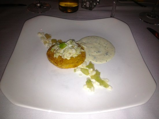 Terrapin Restaurant: Fried Green Tomato w/Crab Meat