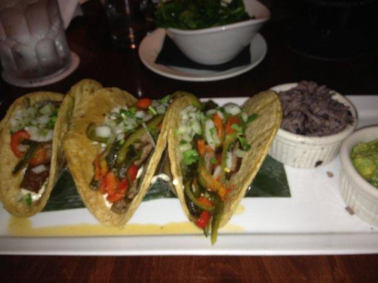 Maya Del Sol: Steak tacos