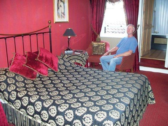 BEST WESTERN Red Lion Hotel: bedroom