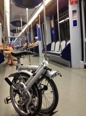 Mobeo Smart Transport : Brompton & Madrid Metro