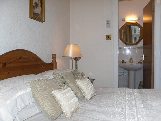 Ardfern Guest House: Double Room En-suite