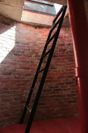 Owls Head Lighthouse: Last piece of ascent is via ladder