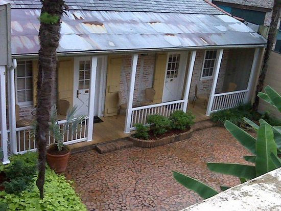 Dauphine Orleans Hotel: View from one side of our balcony... These rooms are 108 and 110 I believe