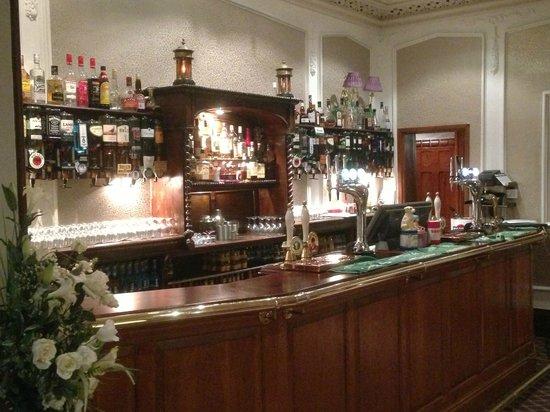Oakwood Hall Hotel: Bar