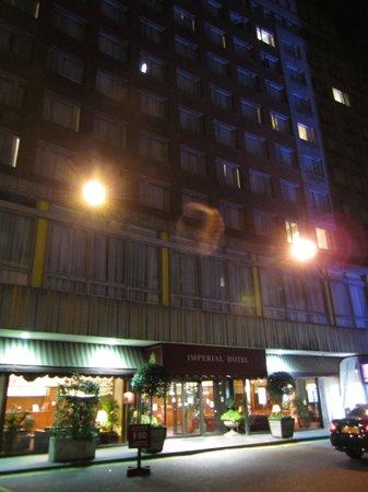 Imperial Hotel: Fachada