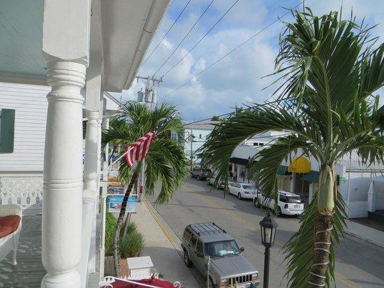 Speakeasy Inn and Rum Bar: View from balcony