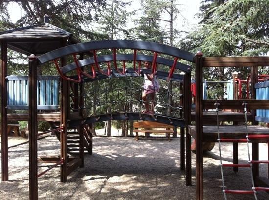 Parc de Valmy : jeux grands enfants