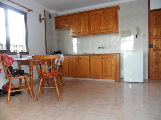 Casa Maria: Apartment, Küchenzeile