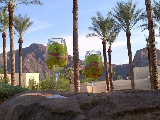 Scottsdale Camelback Resort : lovely place to enjoy the view