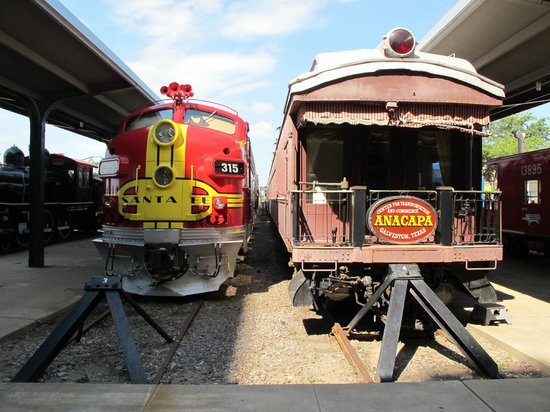 Galveston Island Railroad Museum and Terminal: Some of the trains you can visit