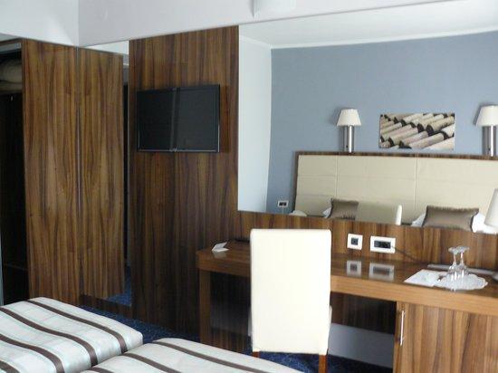 Hotel Lero: la chambre