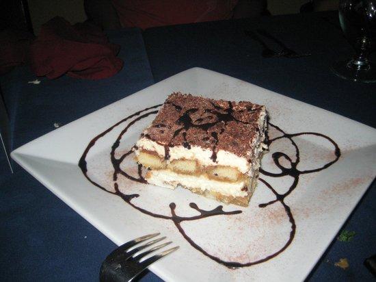La Casa Ouzeria Restaurant: I love tiramisu