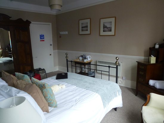 Castle Hill Guest House: our stunning suite