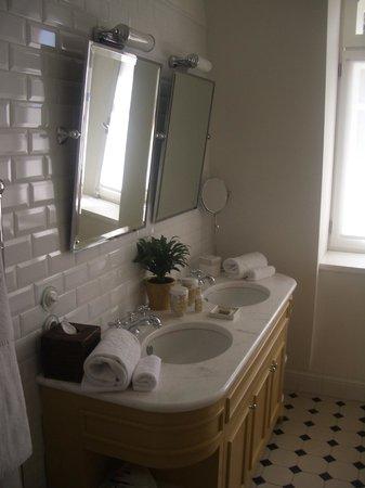 Vidago Palace Hotel: Bathroom